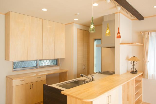 キッチン キッチン 電子レンジ 棚 : 対面式キッチンのメリットを残 ...